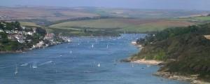 1280px-Salcombe_estuary_from_Sharpitor